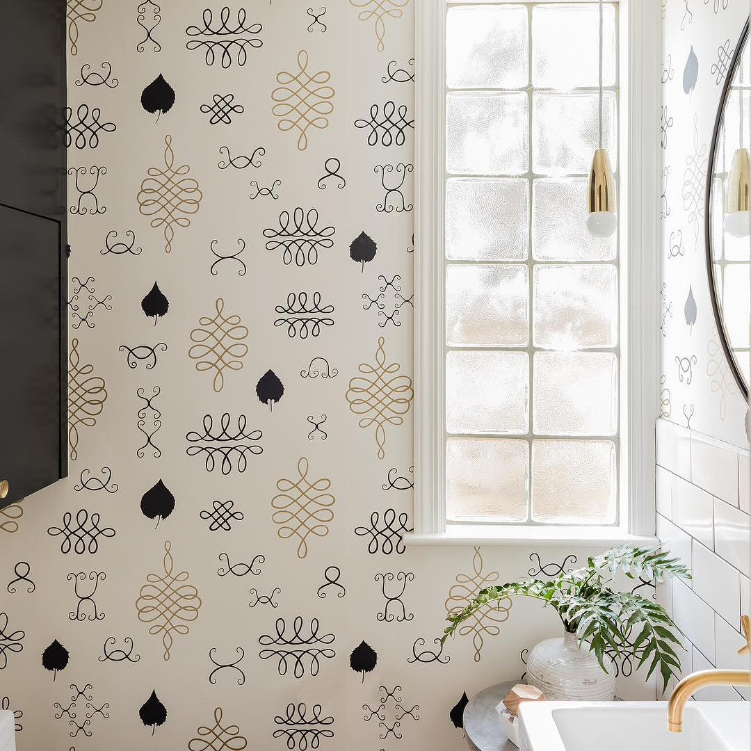 Wallpaper is back, and it's not your mother's '80s florals!